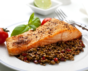 Salmon filets with lentils