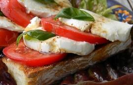 Bruschetta Tomato Mozzarella